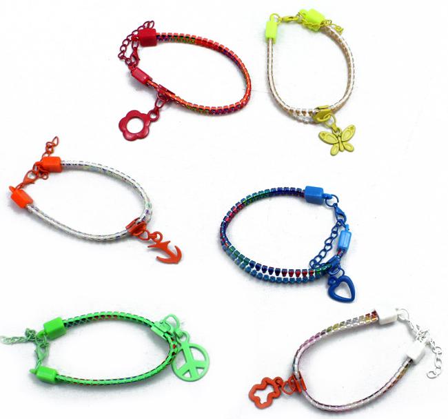 Zipper Bracelet 6<br> assorted<br>Reissverschlussarmb