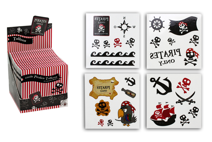 Pirate Tattoos Set<br> of 4 on map ca 7,5<br>x7, 5 cm