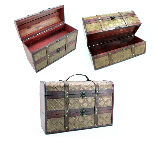 Wooden gift box,<br> approx 35 x 23 x<br>13.5cm